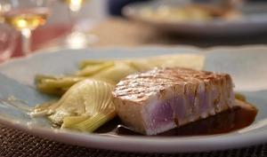 Thon mi-cuit. Fenouil braisé. Sauce soja et agrumes.