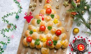 Sapin de Noël boules pizza fromage