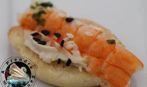 Minis navettes crevette fromage aux sésames