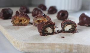 Dates fourrées enrobées de chocolat