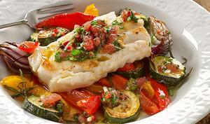 Cabillaud et légumes cuits au four