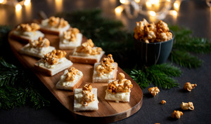 Bouchées saint-marcellin et pop-corn paprika