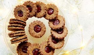 Biscuits sarrasin, confiture de framboises