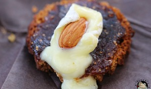 Pain d'épices figues fromage amande