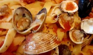 Tagliatelles aux fruits de mer – Sucré Sablé