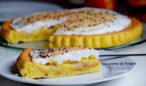 Tarte au beurre de pomme sur caramel au beurre salé Raffolé meringuée