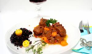 Estouffade de bœuf et riz noir de Camargue