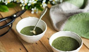 Crème aux graines de chia et thé vert matcha