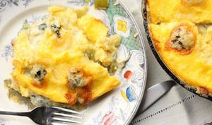 Gratin de polenta aux poireaux et à la fourme