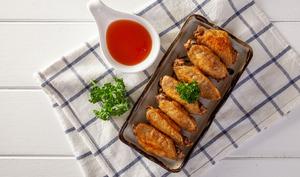 Ailes de poulet rôties sauce ananas gingembre