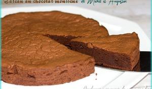 Gâteau au chocolat mousseux