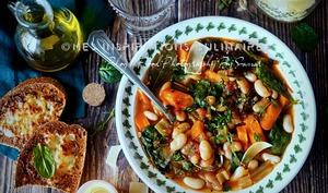 soupe paysanne aux legumes et pain rassis