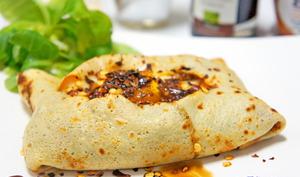 Crêpes fourrées à la viande/ fromage raclette/ oeuf avec de l'élixir balsamique - Passiflore, Passion d'Héllyane