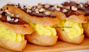 Eclair fourré de crème pâtissière façon Alain Ducasse et garni de confiture de lait chocolat et noisette Raffolé