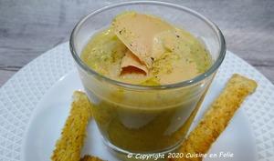 Crème veloutée de lentilles Rosana au foie gras et poivre Sansho