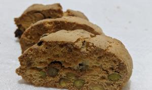 Biscottis aux pistaches et myrtilles séchées