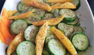 Salade de concombre et mangue