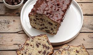 Cake aux fruits secs et au chocolat