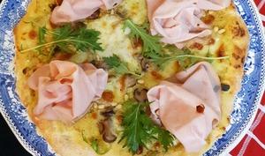Pizza, pistaches et mortadelle