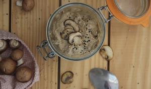 Sauce aux champignons et miso