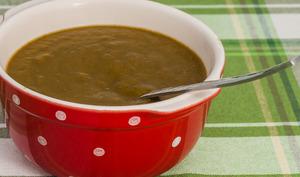 Soupe aux fanes de navets et carottes