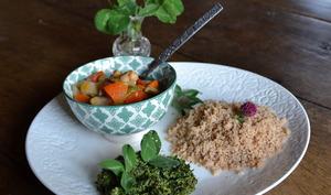Sauce aux feuilles de trèfles et couscous d'épeautre