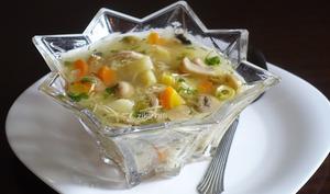 Bouillon de légumes poulet champignons