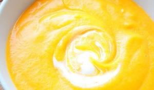 Velouté de carotte patate douce et lait de coco