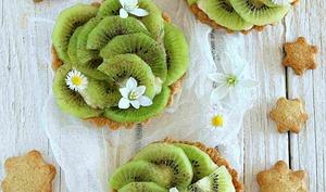 Tartelette au kiwi , crème pâtissière