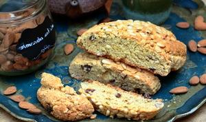 Boulou amandes et raisins
