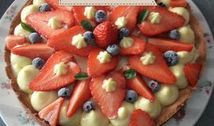 Tarte aux fraises avec sa crème pâtissière parfumée à la fève de tonka et citron