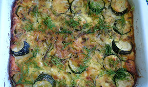 Gratin grecque de courgettes, polenta, feta et aneth