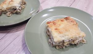 Lasagne aux artichauts, mozza et saucisse grillée
