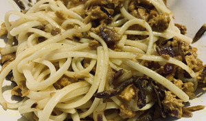 Spaghetti au thon et curcuma