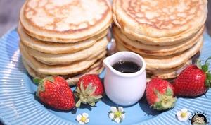 Fluffy pancakes vanille amande au sirop d'érable