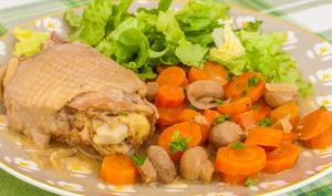 Poulet aux carottes et champignons