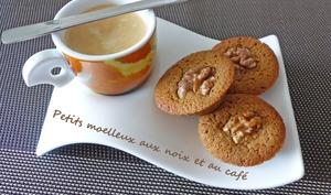 Petits moelleux aux noix et au café