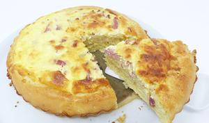 Toutché franc-comtois salé aux lardons et fromage