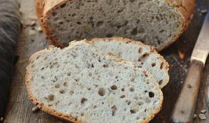 Pain au sarrasin et graines