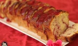Cake marbré coulis de framboises