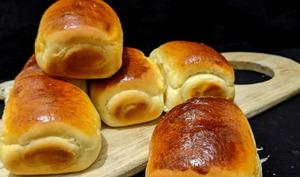 Petits pains au lait ultra-moelleux