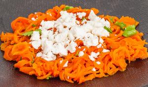 Tagliatelles de carottes au cumin et à la feta