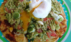 Galette de maïs sauce guacamole et œuf poché