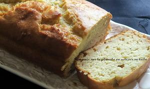 Cake à la compote et au miel