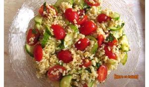 Salade de boulgour, tomates et concombres