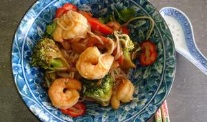 Pad See Ew aux crevettes et arachides