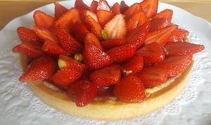 Tarte aux fraises rhubarbe crème d'amandes