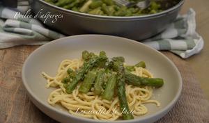 Poêlée d'asperges vertes et pâtes