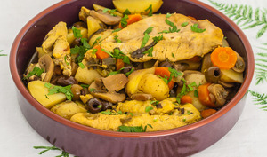 Poulet aux olives et pommes de terre nouvelles