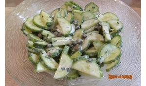 Salade de concombre et câpres au yaourt
